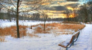 The Easy 1-Mile Winter Hike In Minneapolis-Saint Paul That's Positively Bewitching