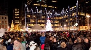 The Holiday Event Every Pittsburgher Has To Experience At Least Once