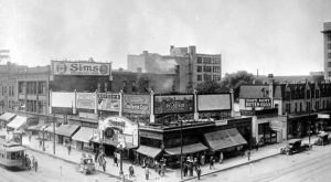 12 Photos That Show How Much Minneapolis Has Changed… And How Much It Hasn't
