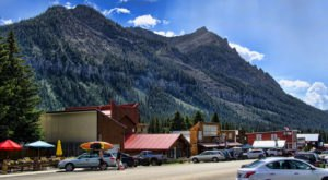 The Montana Town In The Middle Of Nowhere That's So Worth The Journey