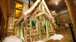 This Cincinnati Hotel Transforms Into A Winter Wonderland And It's Pure Magic