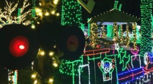 The Mesmerizing Christmas Display In New Jersey With Over 1 Million Glittering Lights