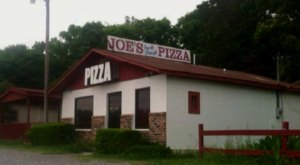 There's A Small Town In Alabama Known For Its Truly Epic Pizza