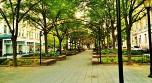 Cincinnati's Oldest Park Is Still One Of The Most Beautiful Spots In The City