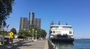 The River Cruise Everyone In Detroit Must Experience At Least Once