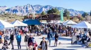 Everyone In Arizona Must Visit This Epic Farmers Market At Least Once
