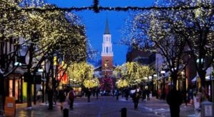 The Mesmerizing Christmas Display In Vermont With Over 250,000 Glittering Lights