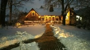 The Charming Cabin Restaurant In North Carolina That Feels Just Like Home