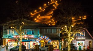 These 7 New Hampshire Small Towns Are Perfect To Visit At Christmas Time