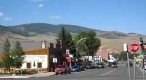 This Might Just Be The Most Peaceful Town In All Of Wyoming