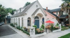 You Can Spend The Night In A Converted Chapel In South Carolina And It Looks Positively Heavenly