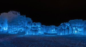 The One Staggering Ice Castle In Utah You Need To See To Believe
