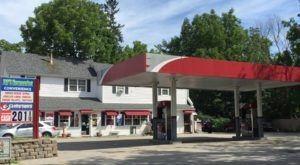 6 New Hampshire Gas Stations Where You Can Get Absolutely Delicious Food