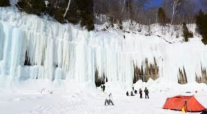 9 Majestic Ice Formations That Prove Winter Is The Most Beautiful Season In Michigan