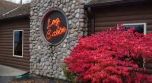 The Charming Cabin Restaurant In Michigan That Feels Just Like Home