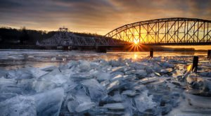 These 12 Images Of The Connecticut River Ice Jam Are Absolutely Riveting