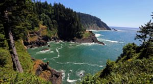 This Beautiful Hike On The Oregon Coast Will Lead You To A Spectacular Hidden Cove