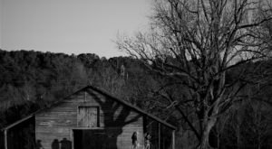 The Arkansas Ghost Story That Will Leave You Absolutely Baffled