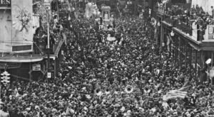 These 8 Vintage Pictures of Mardi Gras in New Orleans Will Simply Mesmerize You