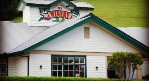 This Beautiful Barn In Tennessee Is Also A Winery And You'll Want To Visit