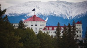 The History Behind This Remote Hotel In New Hampshire Is Both Eerie And Fascinating