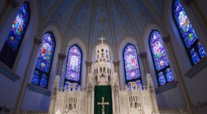 The Little-Known Church Hiding In Kansas City That Is An Absolute Work Of Art