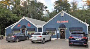 This No Frills Fish Market On The New Hampshire Coast Belongs On Your Bucket List