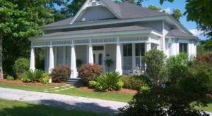 You'll Never Forget Your Stay At This Cozy Bed And Breakfast In Alabama