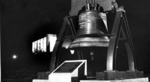 Most People Don't Know There's A Little Liberty Bell In Missouri