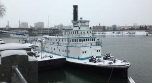 This Boat In Portland Is Actually A Museum And Here's Why You'll Want To Visit