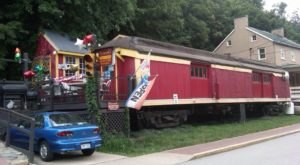 The Train-Themed Restaurant In West Virginia That Will Make You Feel Like A Kid Again