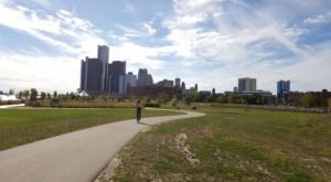 The Dequindre Cut Greenway In Detroit Offers A Perfect Sunny Day Stroll