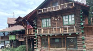 A Trip To This Majestic Colorado Lodge Will Take You Back In Time