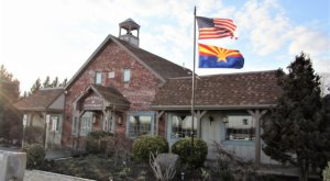 This Restaurant In Maryland Used To Be A Schoolhouse And You'll Want To Visit