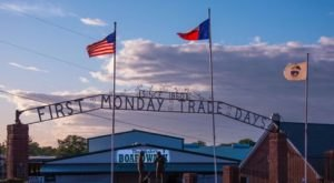 You Could Easily Spend All Weekend At This Enormous Dallas – Fort Worth Area Flea Market