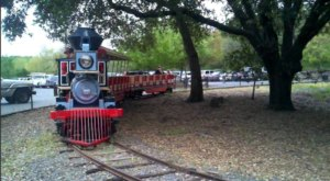 There's A Little-Known, Fascinating Train Park In Northern California And You'll Want To Visit