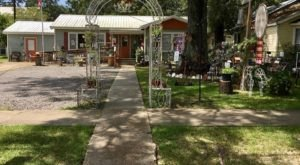 The Tiny Town Near New Orleans That's Absolute Heaven If You Love Antiquing