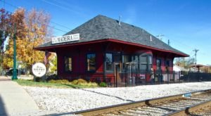 This Train Station Turned BBQ Joint Is One Of The Most Interesting Places To Eat In Cincinnati