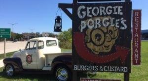 A Treehouse Restaurant In Wisconsin, Georgie Porgie's, Is Downright Enchanting