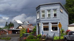 The Tiny Town In Oregon That's Absolute Heaven If You Love Antiquing