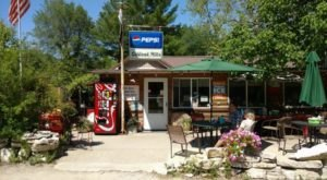 This Delicious Restaurant In Iowa On A Rural Country Road Is A Hidden Culinary Gem