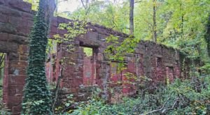 The Spooky Maryland Hike That Will Lead You Somewhere Deserted