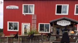 Everyone Should Visit This Amazing Antique Barn Near Buffalo At Least Once