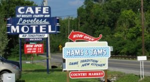 7 Famous Signs That Are So Perfectly Nashville