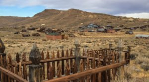 The Story Behind This Ghost Town Cemetery In Northern California Will Chill You To The Bone