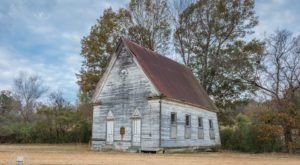 7 Abandoned Mississippi Churches That Are Slowly Fading Away