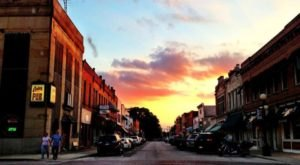The Dreamy Small Town Near Cleveland That's Simply Magical In The Springtime