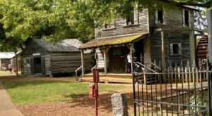 The Unique Village In Tennessee Where Time Stands Still