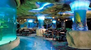 An Exciting Ocean-Themed Eatery In Texas, The Kemah Aquarium Restaurant Is Fun For The Whole Family