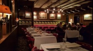 This Restaurant Inside A Historic Hotel In West Virginia Will Transport You Back In Time